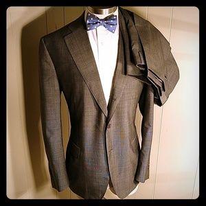 Ravazzolo LanaVergine Suit